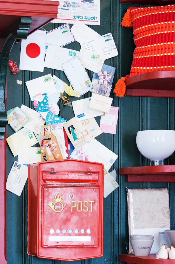 What to do with all those Christmas Cards - A Grateful Life