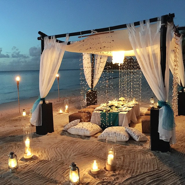 Our final dinner on the beach couldn't be more perfect.